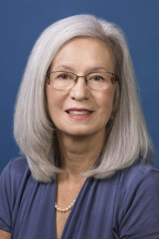Lillian Meacham, MD headshot